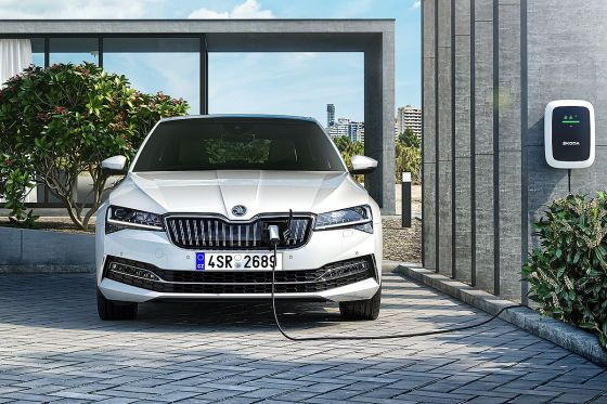 Skoda Superb Facelift 2019 Markstart Engines Hybrid