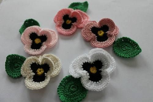 floare crosetata