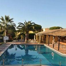 O Hotel Pinhal do Sol está localizado entre Vilamoura e Vale do Lobo. Este simpático hotel disponibiliza um terraço, um jardim e duas piscin...