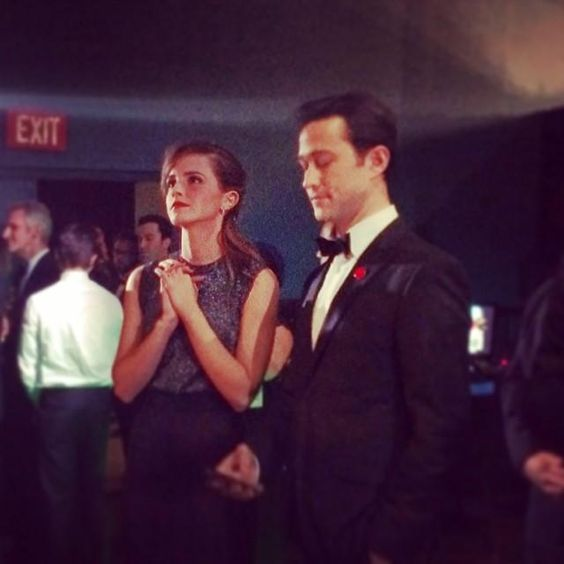 Les meilleures photos Instagram des Oscars 2014: Emma Watson et Joseph Gordon Lewitt   Elle Québec