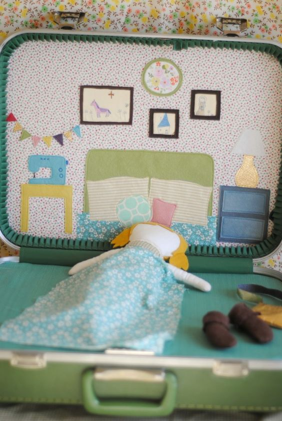 Adorable DIY doll suitcase from Prudent Baby