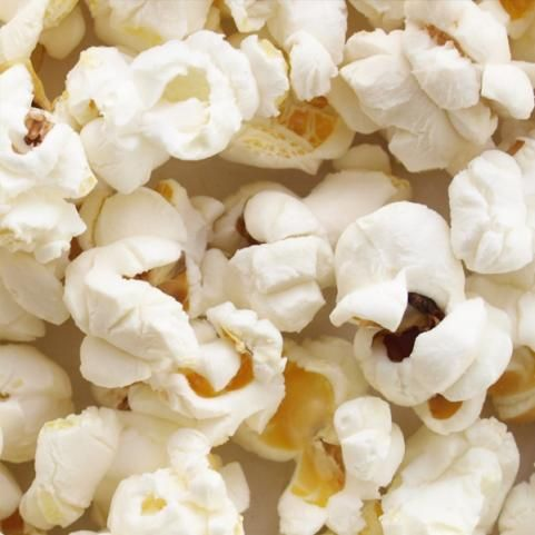"""HEALTHY SNACK #2: AIR-POPPED POPCORN  """"Because popcorn is mostly air, you can eat a lot for minimal calories,"""" Blatner says. """"You get about 3.5 cups for only 100 calories."""" And since popcorn is naturally a whole grain, you also get 4 grams of filling fiber. For extra flavor add paprika, chili powder, vinegar and pepper, or cinnamon."""