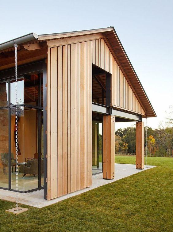 Façade bois et baie vitrée - maison traditionnelle par Chesler ...