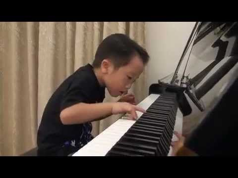 Amazing Child Prodigy in PIANO Grade5 (5Age) -  Flood Time  -  Air 師承邱世傑