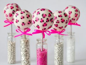 So cute cake pops