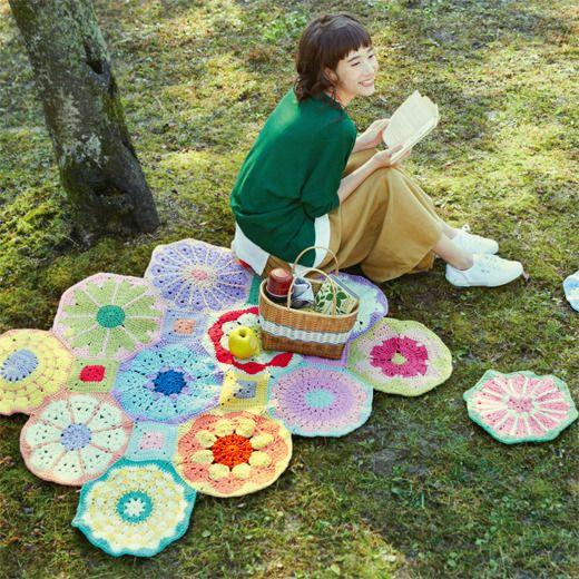 zakka collection [miscellaneous goods collection]   Kai Ozabu of antibacterial mat crochet flower motif snugly connect large   Felissimo