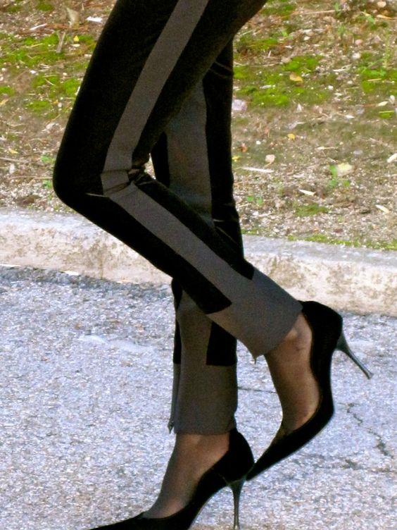 Fashion and Style Blog / Blog de Moda . Post: I found my Pants / Encontré mis Pantalones See more/ Más fotos en : http://www.ohmylooks.com/?p=6605 by Silvia García Blanco
