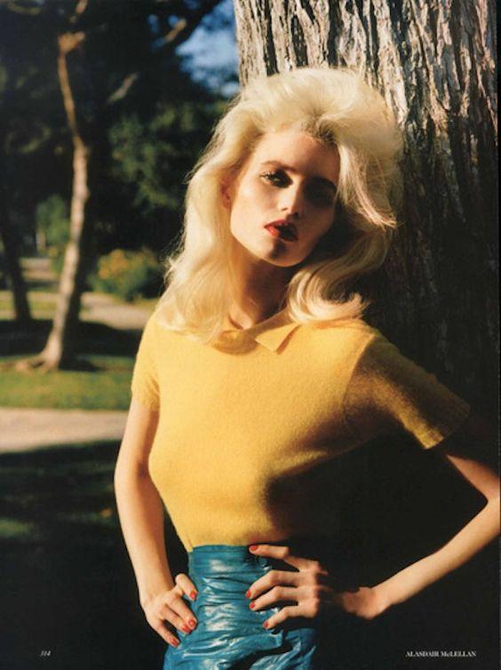 Vogue UK em sua edição de março apresenta o editorial American Pop com a modelo Abbey Lee Kershaw