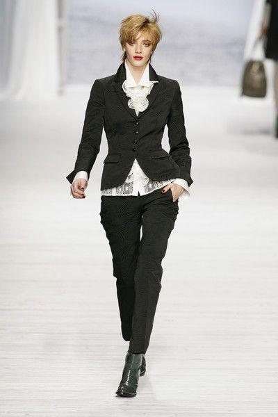 Mariella Burani at Milan Fashion Week Fall 2008 - Runway Photos