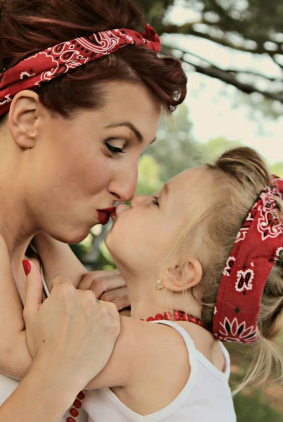 Mother daughter rockabilly photo shoot #lollyslensphotography