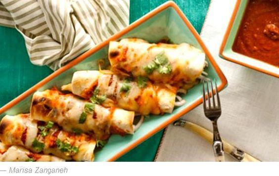 Enchiladas de Pollo en Salsa Roja (Chicken Enchiladas With Red Salsa) - Hispanic Kitchen