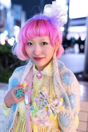 Kumamikis Pink Hair in Harajuku