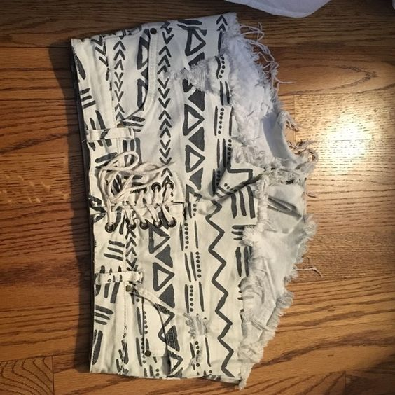 tribal pattern Billa Bong jean shorts Jean shorts. Billabong Shorts Jean Shorts