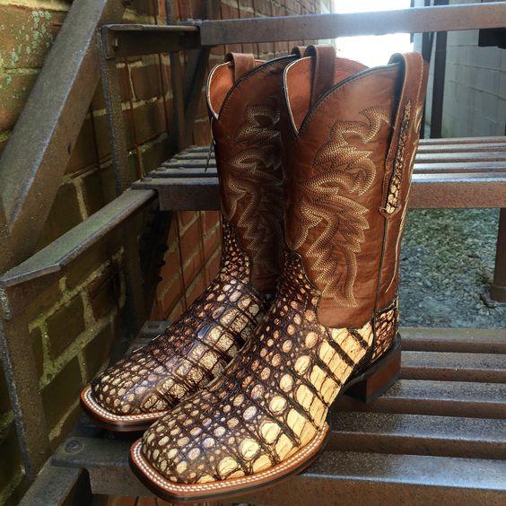 Dan Post Men's Cowboy Certified Pecan/Carmel Caiman Boots DP3862