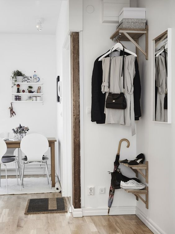 my scandinavian home: Keeping it simple in calm white and wood