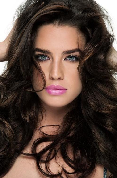 light pink lipstick with dark brunette hair and light eyes make up pinterest pinker. Black Bedroom Furniture Sets. Home Design Ideas