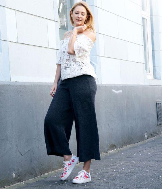 tess kay black pantacourt street style: