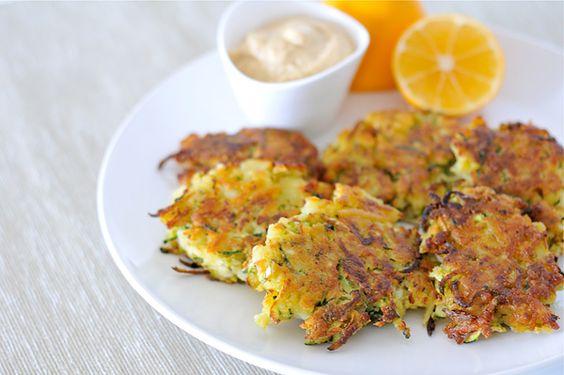 Kartoffel Zucchini Puffer #glutenfrei #eifrei bei www.pures-geniessen.com