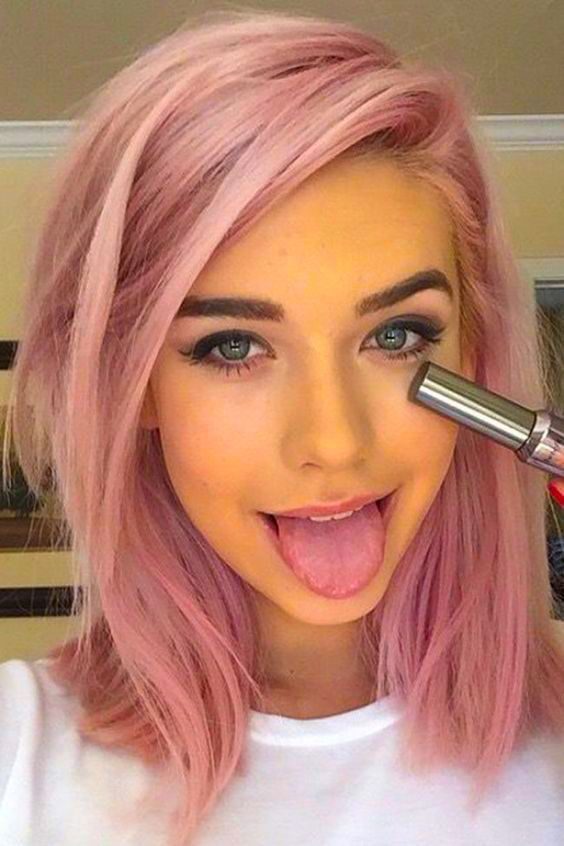 Tips For Choosing The Right Hair Color For Your Skin Tone Pinmakeuptipss Com Hair Styles Hair Color Pink Hair