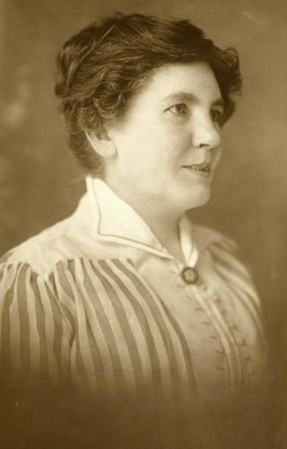 Laura Ingalls Wilder at 50.  --Photo from the collection of the Hoover Library (RWL: