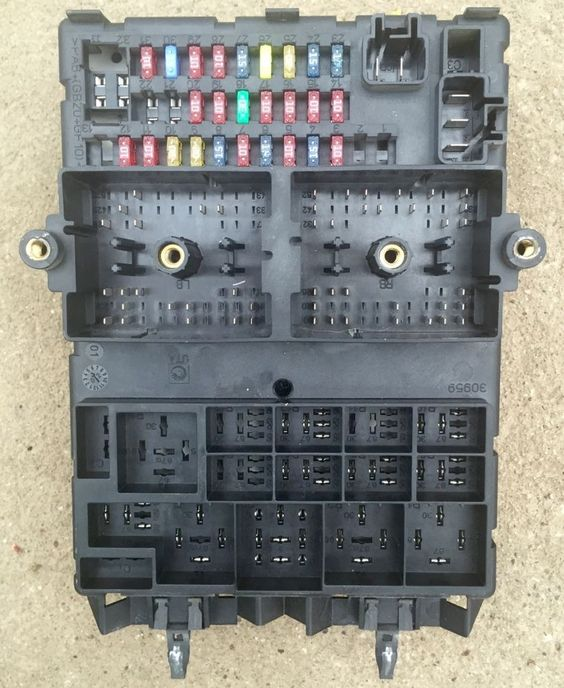 2001-2004 jeep grand cherokee body control module bcm ... jeep fuse box for sale