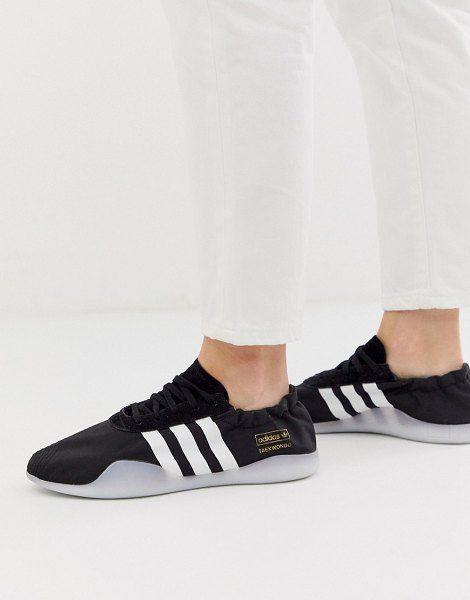 taekwondo chaussures adidas