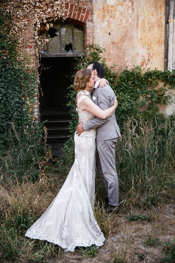 Schloss Marquardt Hochzeit Potsdam Hochzeitsfotograf Kleid Hochzeit Hochzeitskleid Spitze Hochzeitsfotograf