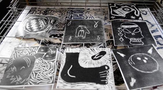 """Entre os dias 26 de outubro e 17 de novembro, a Casa de Cultura Mario Quintana recebe a exposição """"O Som da Tinta – Arte Acessível e Sensorial"""". A visitação acontece nas segundas-feiras, das 14h às 21h, de terças a sextas-feiras, das 9h às 21h, e aos sábados e domingos, das 12h às 21h. A entrada é Catraca Livre."""