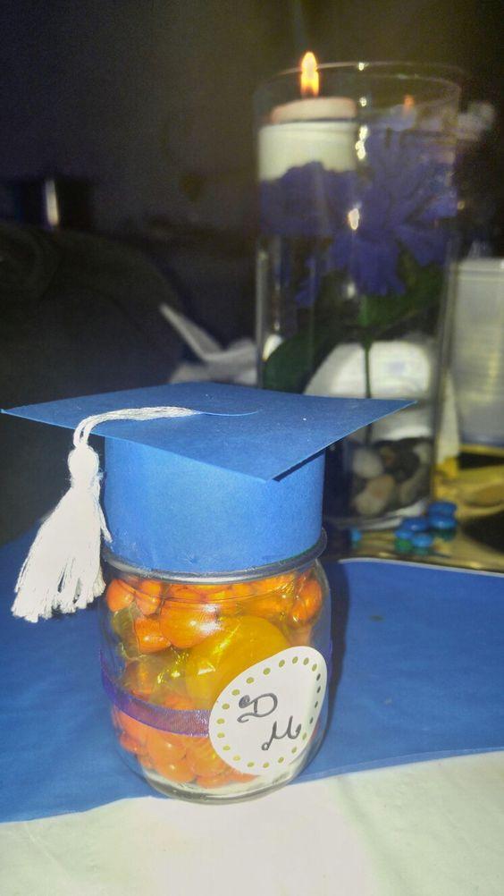 Recuerditos para graduacion... Frasco gerber lleno de dulces