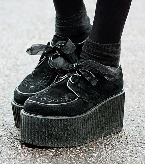 Do Goths Wear Platform Shoes
