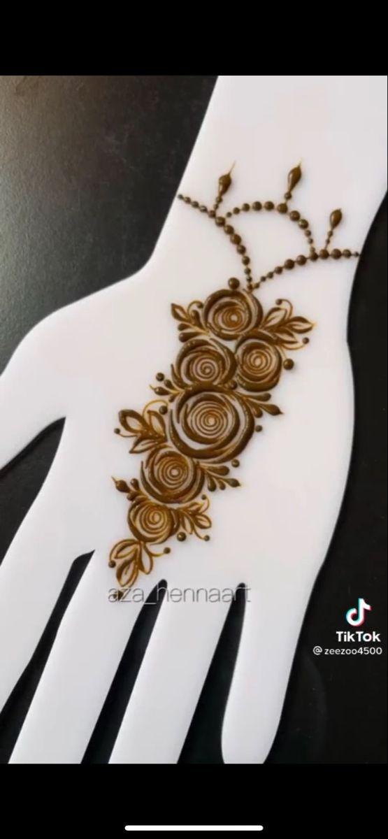 Pin By Abeer On Henna In 2021 Hand Henna Henna Hand Tattoo Henna