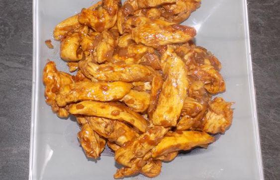 Régime Dukan (recette minceur) : Poulet tikki massala #dukan http://www.dukanaute.com/recette-poulet-tikki-massala-12828.html