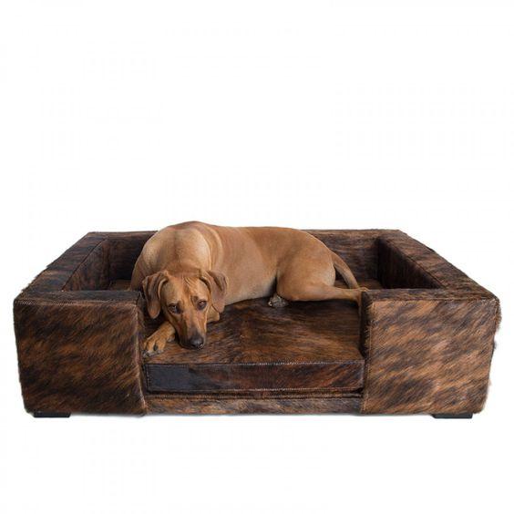 Luxus Hundesofa Luigi Exotic Cowhide aus Kuhfell