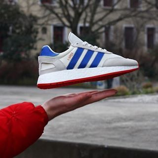 Adidas I 5923 Blanc bleu rouge BB2093 | Adidas iniki, Adidas