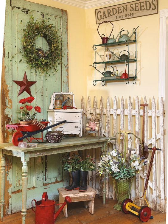 A Kentucky shopowner puts a cheerful garden spin on country style by Franklin & Esther Schmidt)