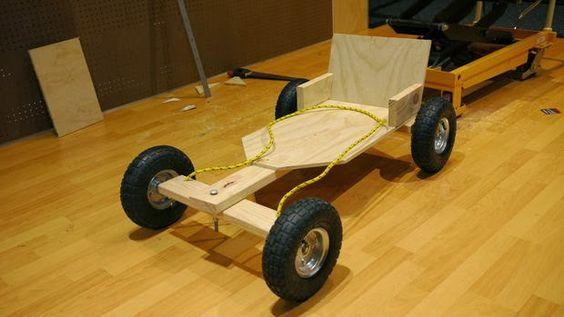 En ingeniando lemostramos algo que fue parte de nuestra infancia, un carrito montable de madera, algo que podemos hacer de manera facil y ...