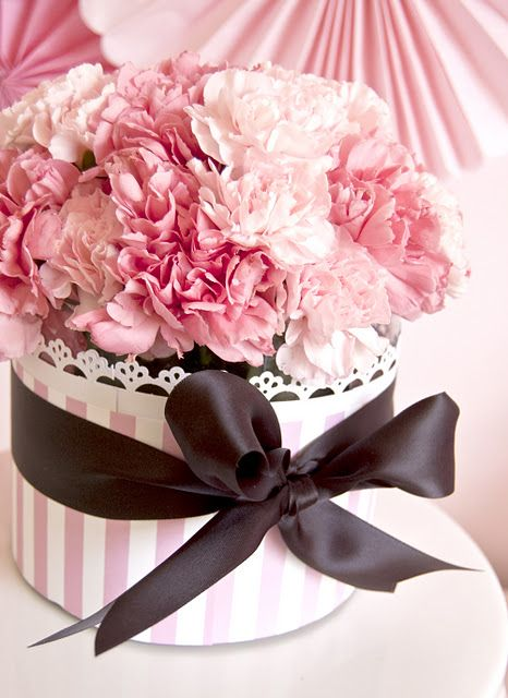 Baby shower or party idea wrapped vase centerpiece