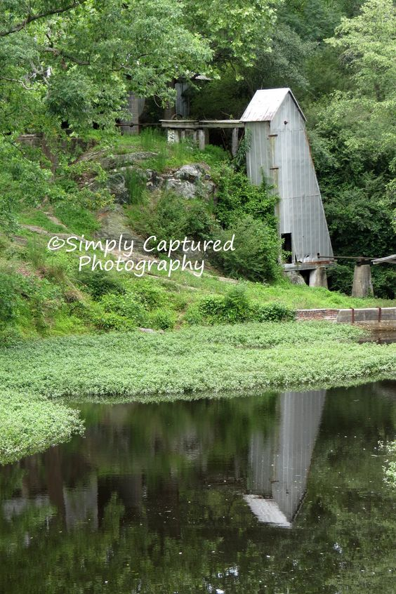 so peaceful.....  www.simplycaptured.weebly.com