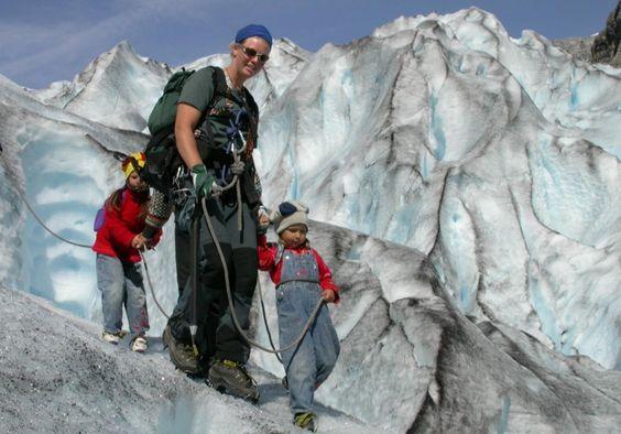 Jostedalen Breførarlag Blue Ice Family Walk