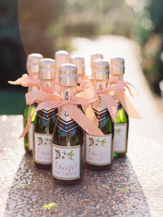 Paper Labels: Paper N More [Photography: Amanda Watson Photography]