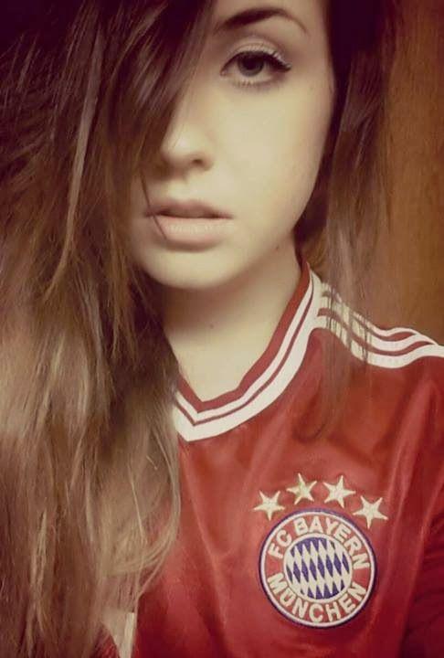 Bayern, Hot Girls And Girl Wallpaper On Pinterest