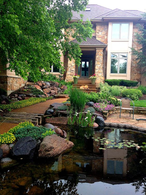 Front yard water feature pond ideas backyards and walkways for Front yard fish pond