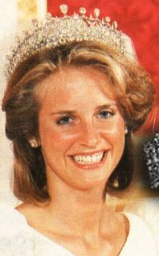 Caroline Bunting, Countess of Southesk. Wife of David Charles Carnegie, Earl of Southesk; The Earl is the great-grandson of Louise, Princess Royal Duchess of Fife. Caroline was lent the tiara to wear on her wedding day - 16 June 1987. The Earl's sister Lady Alexandra Carnegie wore the tiara most recently for her wedding on 29 May 2001 to Mark Etherington.