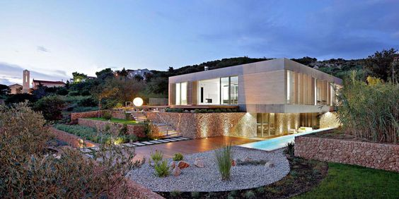 Dashing Examples Of Modern House Architecture (10)