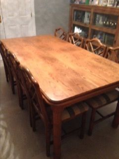 solid oak dining table and 8 chairs https://t.co/XfgxK1Vf4w https://t.co/mAciGeaiCS