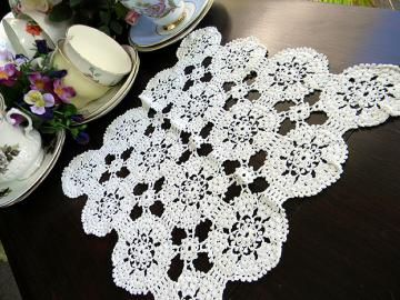 Darling Lacy Crochet Doily in White 5898 by VintageKeepsakes for $5.25