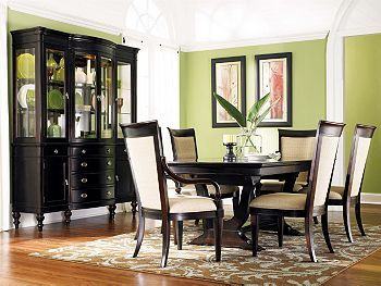 Dining Rooms: Dining Rooms, Dining Room Sets, China Cabinets, Dining Table, Green Wall, Colorful Diningrooms