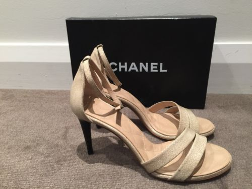 Chanel Nude Sandal Shoe Heels Cracked Patent Leather Size 38.5 New https://t.co/St2XDlZga8 https://t.co/aW91DNzZS7