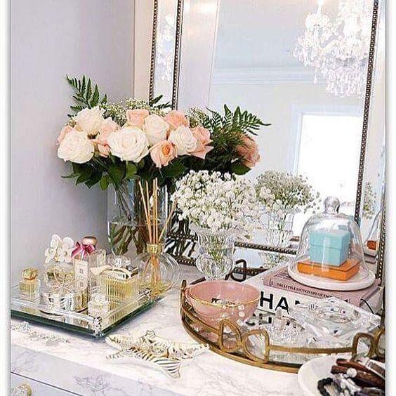 Bom dia Girls   www.freakumstore.com  #goodmorning #bomdia #saldos #sales #roses #perfume #friday #sextafeira #jewelry #jewelrygram #jewelryboutique #decoration #decoração #furniture #freakum #freakumstore
