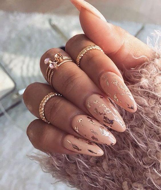 67 Short And Long Almond Shape Acrylic Nail Designs Awimina Blog Foil Nails Gel Nails Gorgeous Nails
